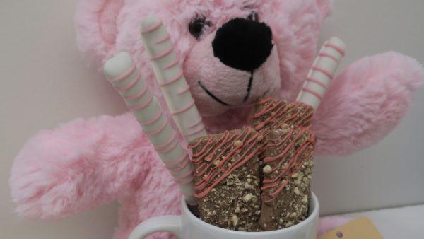 It's A Girl Chocolate Bars & Mug Gift Set